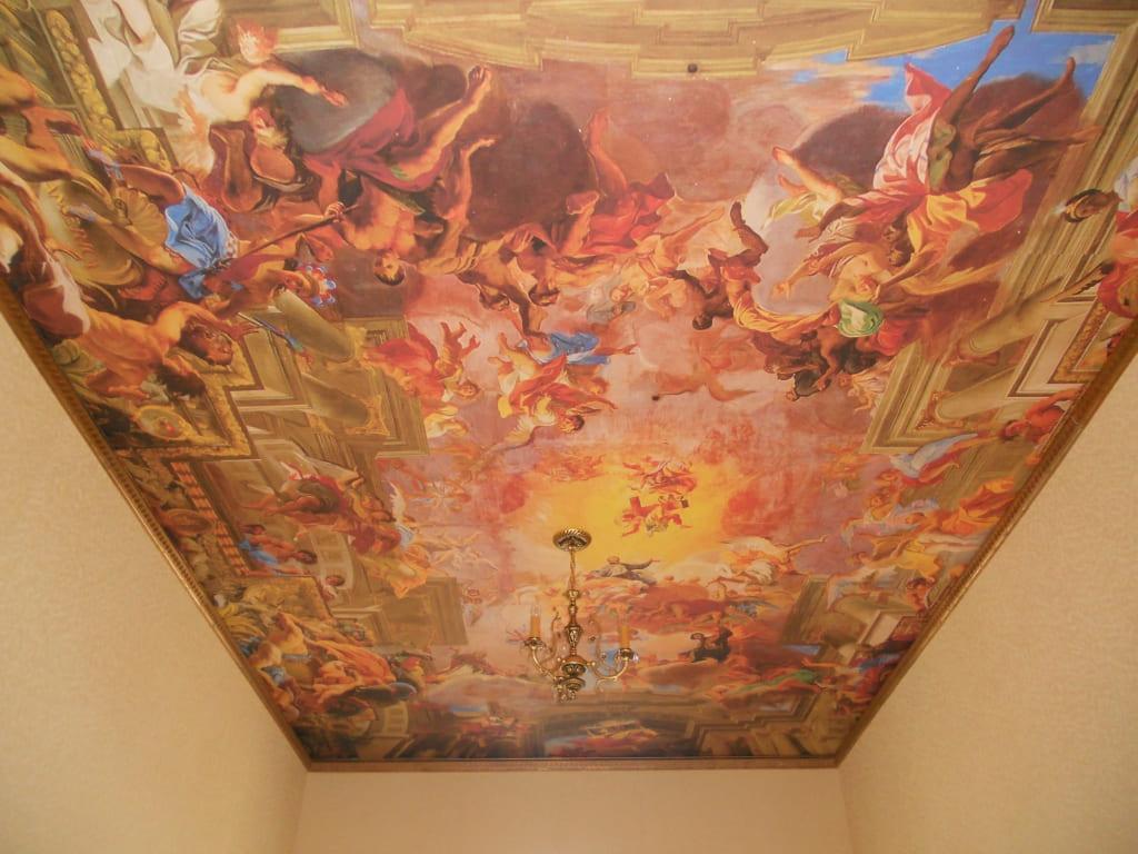 Фотопечать натяжной потолок фреска